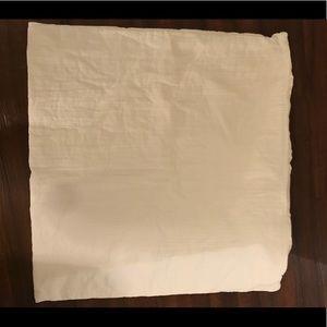 NWOT Set of Two 26 x 26 White Euro Shams